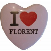 Badge I LOVE en forme de coeur