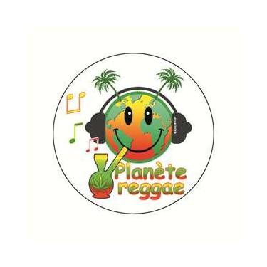 Badge planete reggae 38 mm