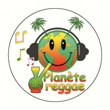 Badge planete reggae 59 mm